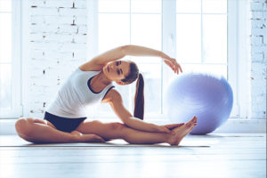 fitness trainer 141_stretching