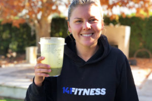 fitness trainer and nutritionist Elly-protein-shake